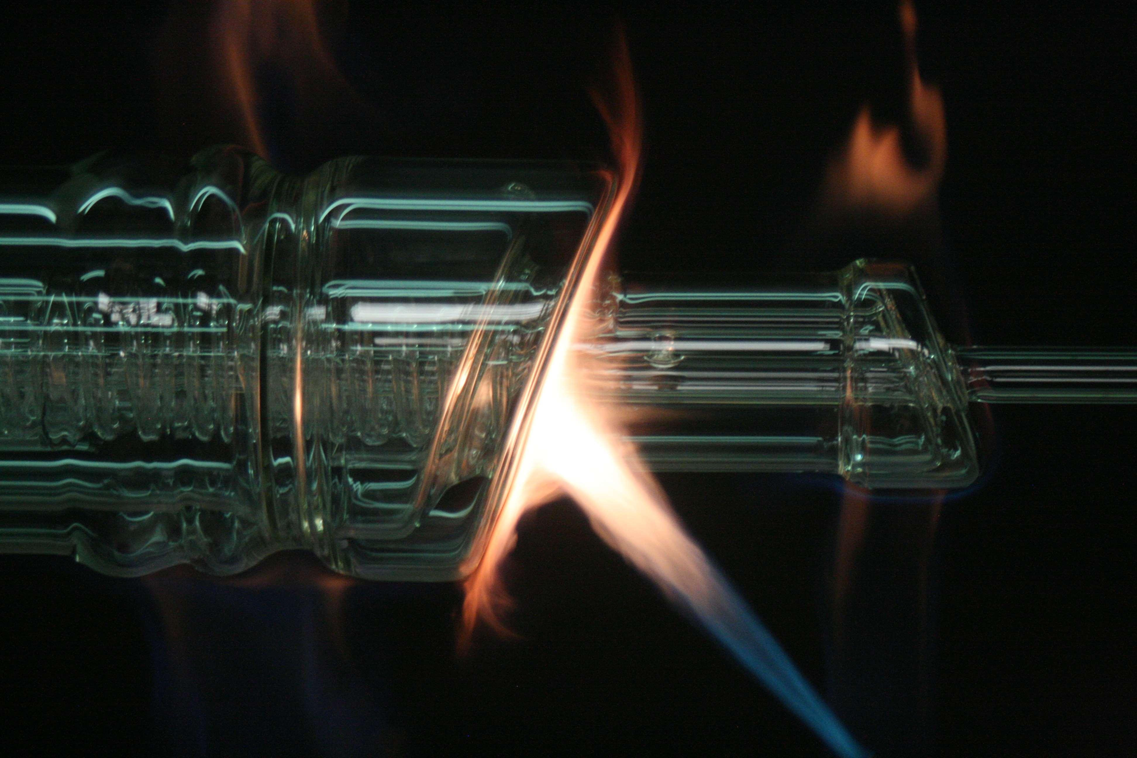 laboratory glassware precision glassblowing